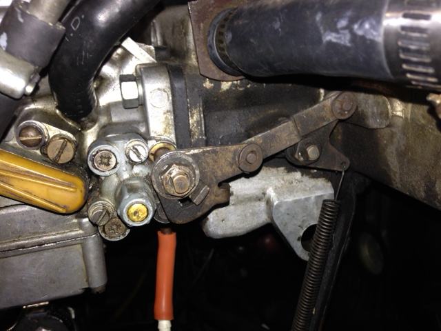 Front Carburetor puts gas into vacuum line to distributor at
